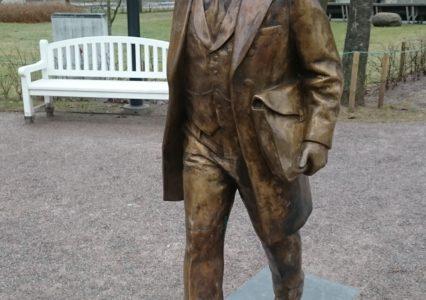 Jaan Poska monument kruvivaiadel