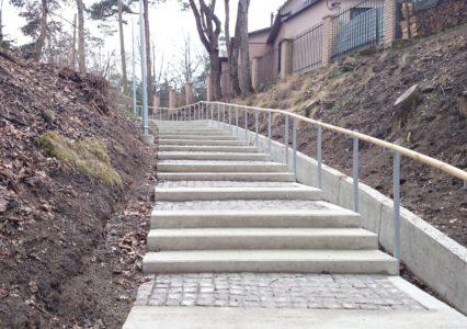 Trepp kruvivaiadel